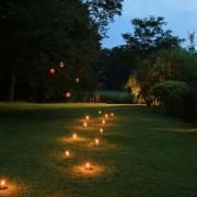 Beleuchtete Wege im Garten