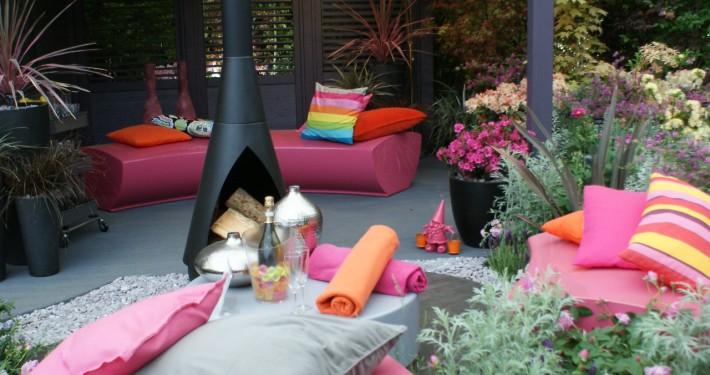 Avantgarde Garten in pink - kleiner Graoßstadtgarten