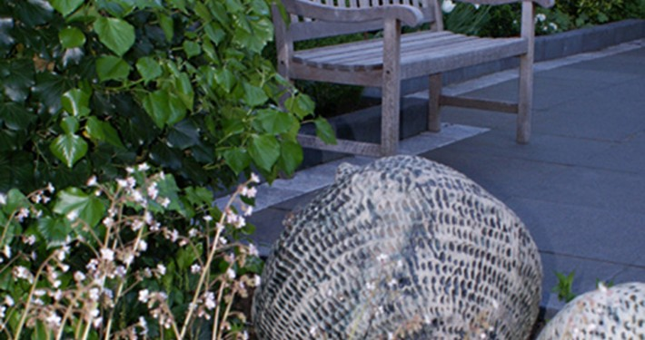 Kleine Garten mit pflegeleichter Bepflanzung