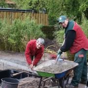 Professioneller Einbau eines GFK-Beckens