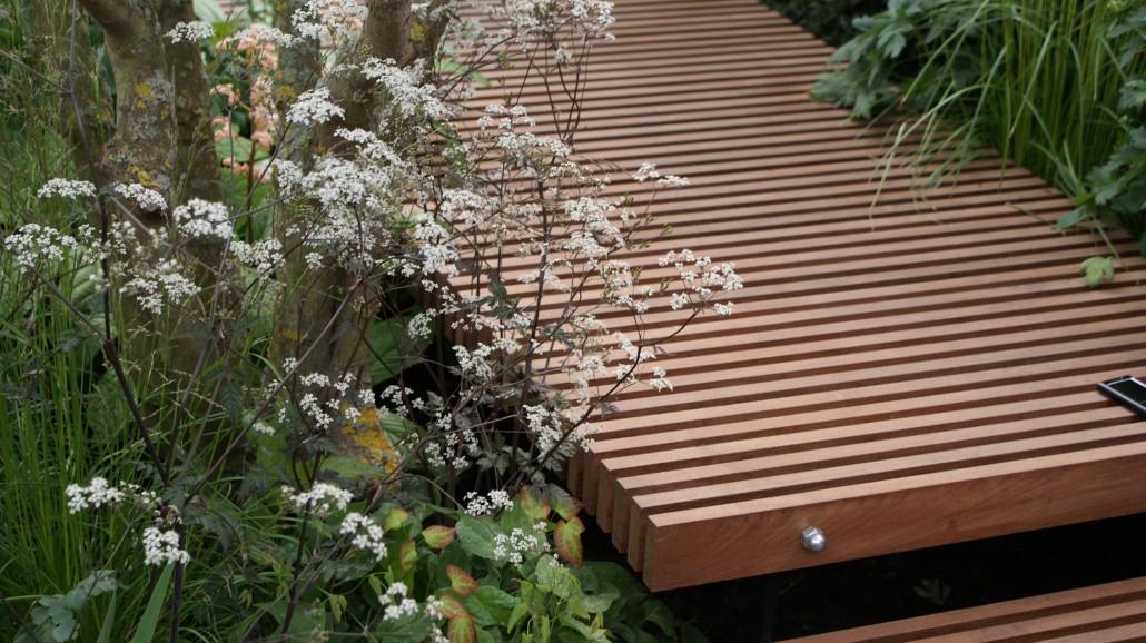 Holzterrassen & Holzdecks › Zinsser Gartengestaltung, Schwimmteiche ...