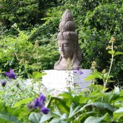 Feng Shui Skulptur mit ruhiger Ausstrahlung