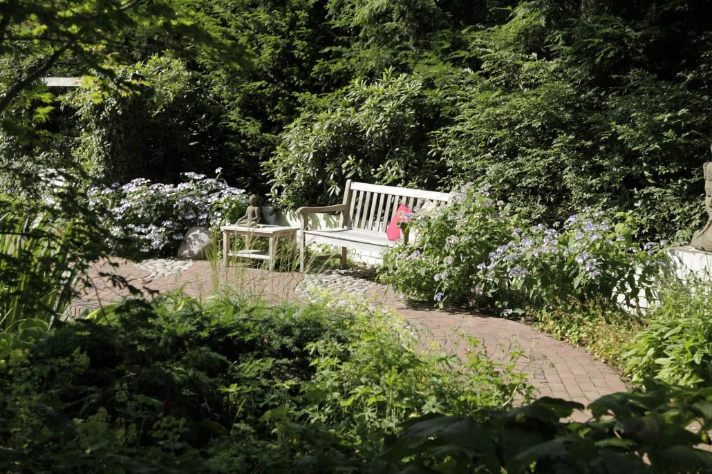 Westliches Feng Shui › Zinsser Gartengestaltung, Schwimmteiche und ...