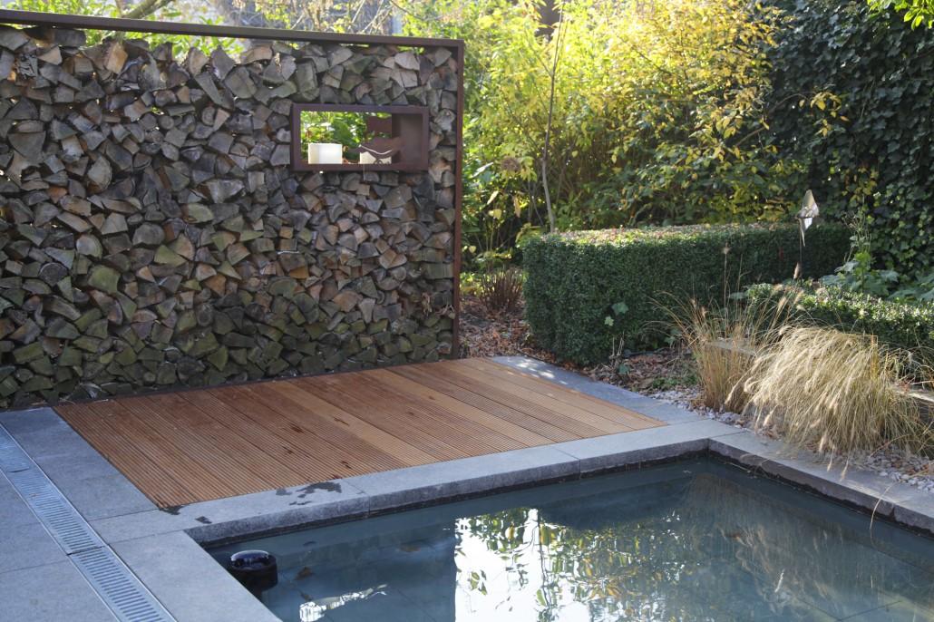 Charmant ... Gartengestaltung Wasser, Holz, Metall Sind Klassische Materialien In  Der Modernen Gartengestaltung ...