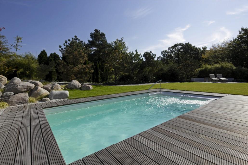 Swimmingpools zinsser gartengestaltung schwimmteiche for Garten pool inklusive einbau
