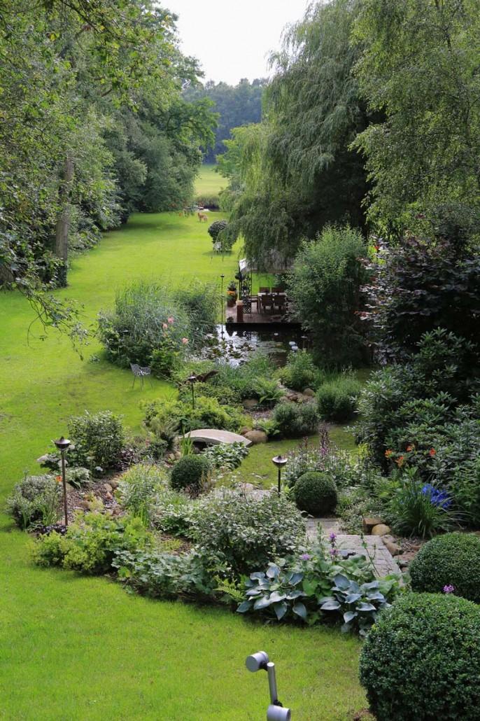 Referenzg rten zinsser gartengestaltung schwimmteiche for Gartengestaltung langer garten