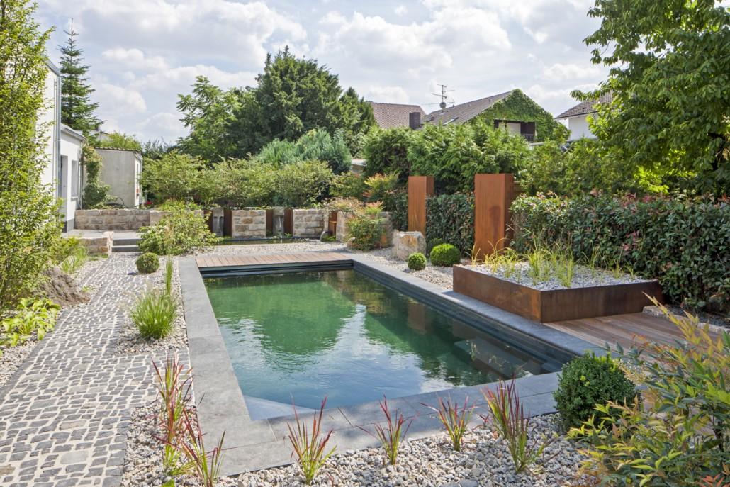 Natur pools zinsser gartengestaltung schwimmteiche und for Schwimmteich garten