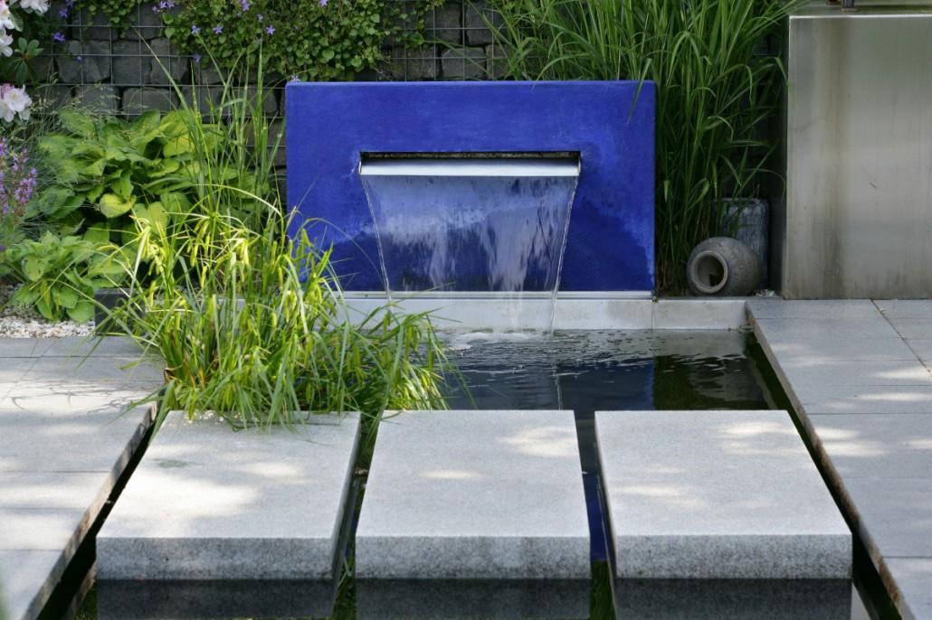 wasserbecken garten beton, wasserspiele & teiche › zinsser gartengestaltung, schwimmteiche und, Design ideen